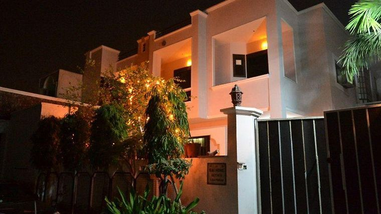 Sai Home Stay Bed & Breakfast Exterior