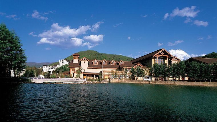 Yongpyong Resort Dragon Valley Hotel Exterior