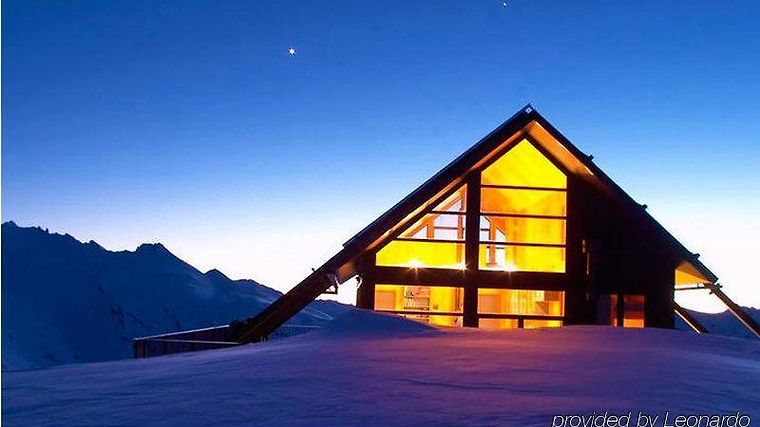 Whare Kea Lodge And Chalet Exterior