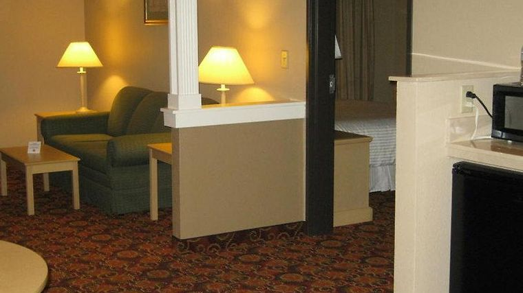 Brentwood Suites Hotel photos Room