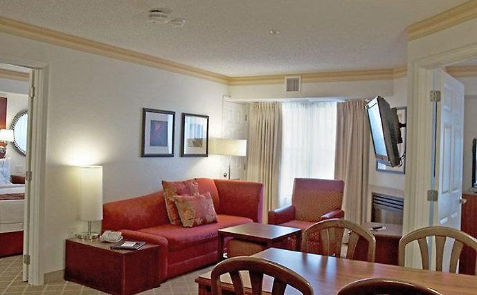 °HOTEL RESIDENCE INN KANSAS CITY OVERLAND PARK, KS 3* (United States)    From US$ 158 | BOOKED