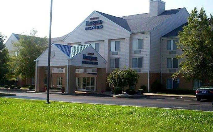 Fairfield Inn And Suites By Marriott Dayton Troy Exterior