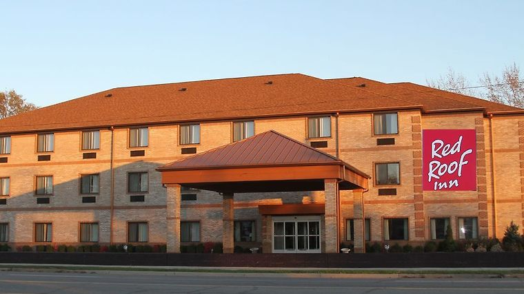 Red Roof Inn & Suites Detroit - Melvindale Exterior