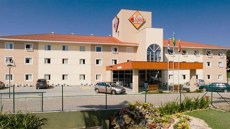 Hotel 10 Joinville Exterior