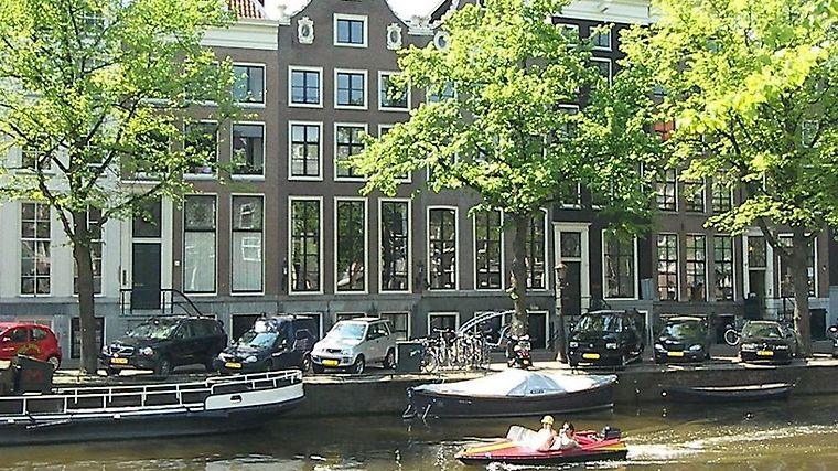 Dutch Masters Short Stay Apartments Exterior