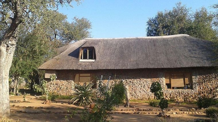 Amukela Game Lodge Exterior