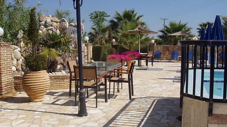 °HOTEL PARADISE APARTMENTS LAGANAS 3* (Greece)   From US$ 72 | BOOKED