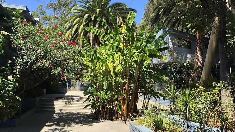 HIGHLAND GARDENS HOTEL LOS ANGELES, CA 2* (United States) - from US ...