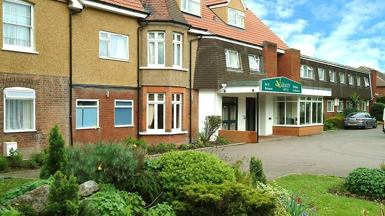Quality Hotel St. Albans Exterior Hotel information