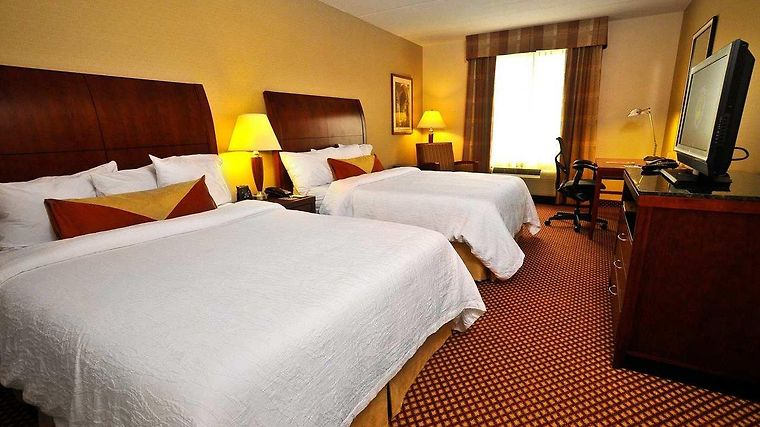 HOTEL HILTON GARDEN INN ERIE, PA 3* (United States) - from US$ 189