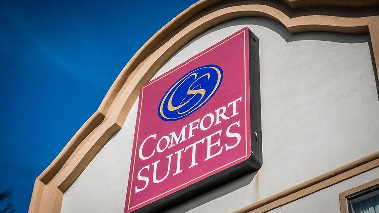 Comfort Suites Panama City Beach Exterior