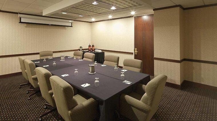 Doubletree Suites By Hilton Hotel Columbus Downtown Facilities