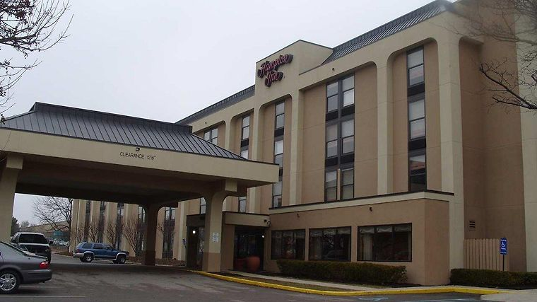 Hampton Inn Indianapolis-East Exterior