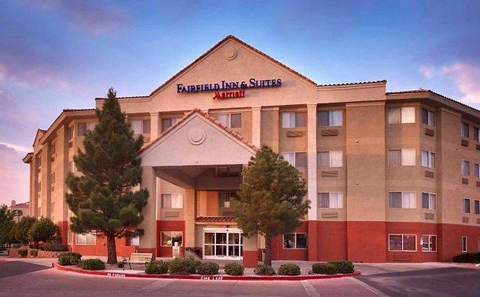 Fairfield Inn & Suites Albuquerque Airport Exterior