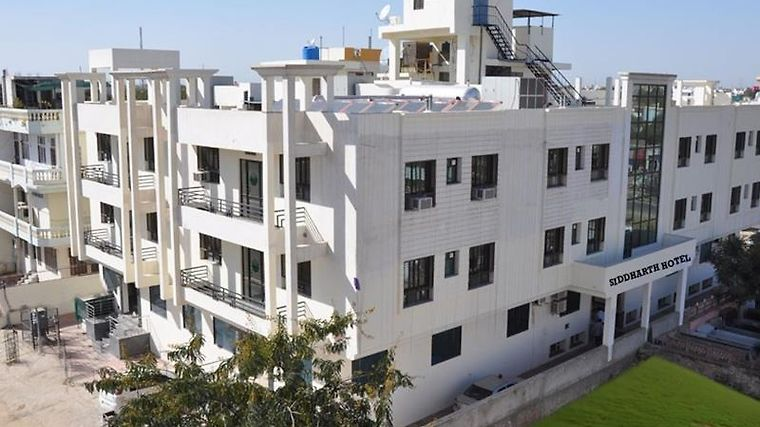 Hotel Siddharth Residency Exterior