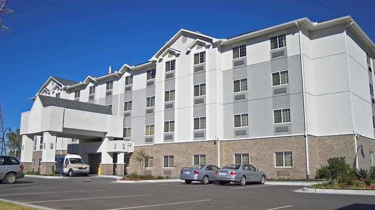 Holiday Inn Express & Suites Jenks photos Exterior