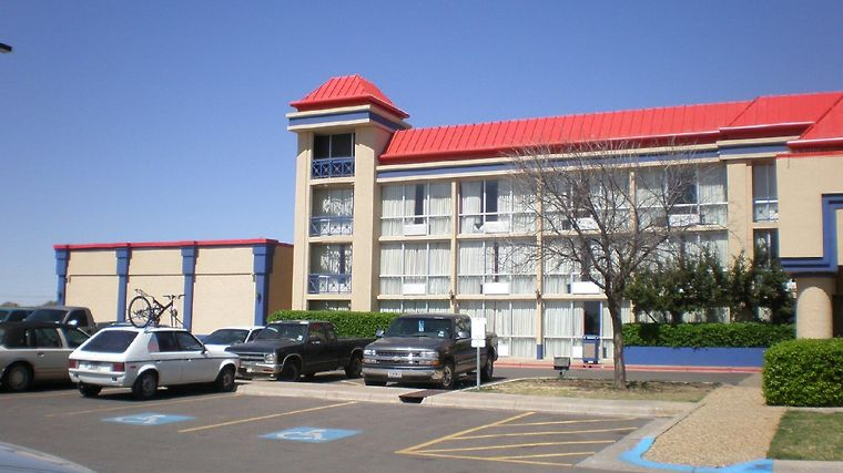 Red Roof Inn & Conference Center Lubbock Exterior