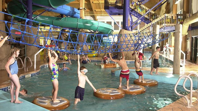 Tundra Lodge Resort - Waterpark & Conference Center Facilities