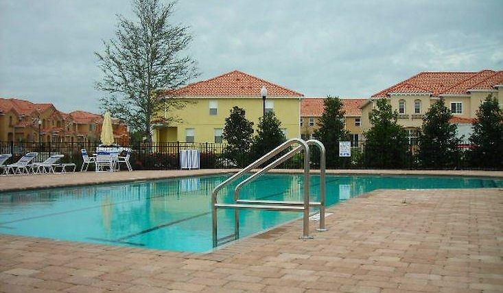 Alamo Vacation Homes - Greater Orlando Area Hotel Exterior