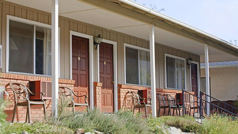 Americas Best Value Inn Mariposa Lodge Exterior