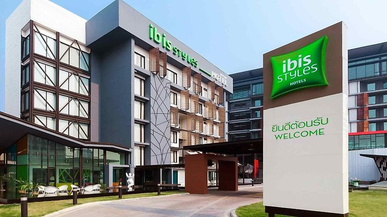 Ibis Styles Chiang Mai Exterior
