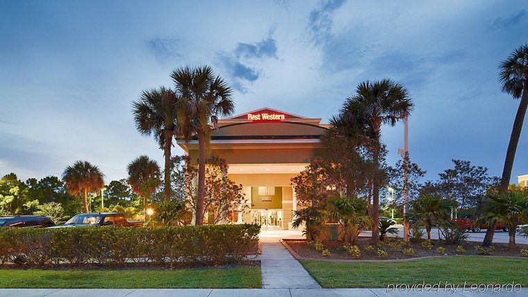 Best Western Plus Fort Pierce Inn Exterior