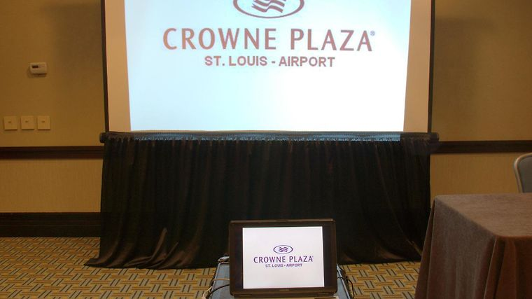 Crowne Plaza Hotel St. Louis Airport photos Exterior