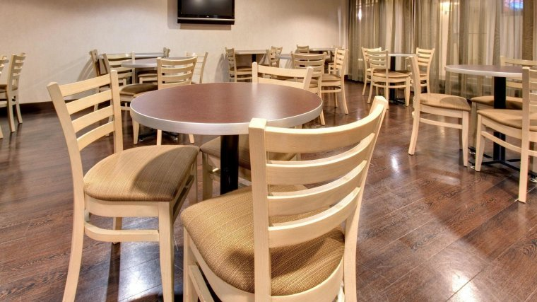 Holiday Inn Express Chicago Palatine/N Arlngtn Hts Restaurant