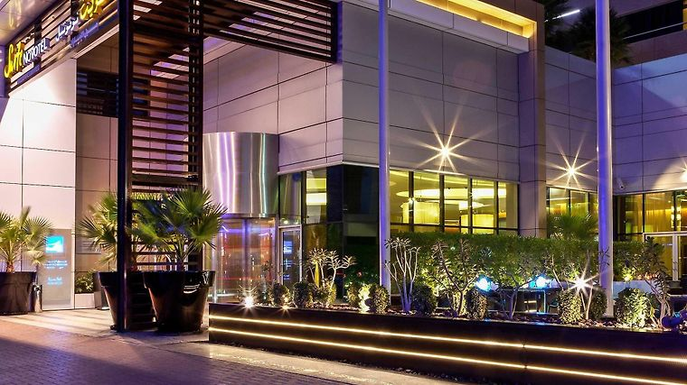 Novotel Suites Dubai Mall Of Emirates Exterior