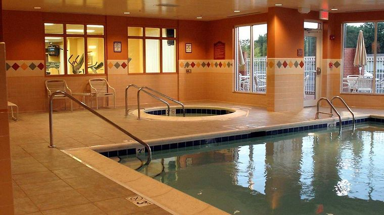 °HOTEL HILTON GARDEN INN INDIANAPOLIS NORTHEAST/FISHERS, IN 3* (United  States)   From US$ 187 | BOOKED