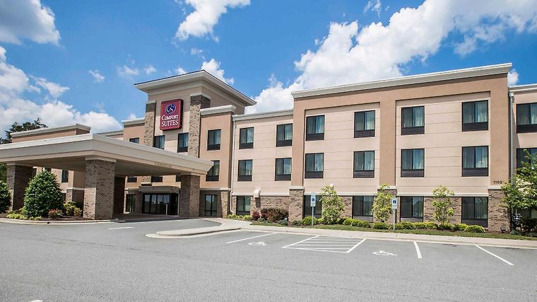 Comfort Suites Whitsett - Greensboro East Exterior