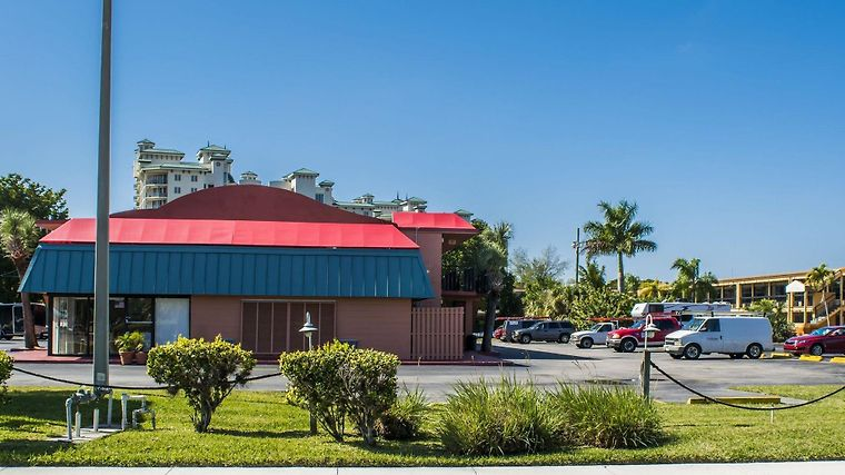 Econo Lodge North Fort Myers Exterior