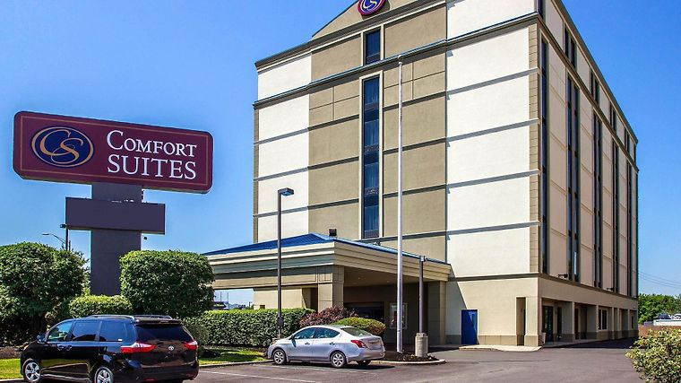 Comfort Suites At Woodbridge Exterior