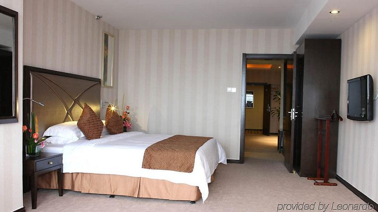 Swiss Belhotel Hefei Room