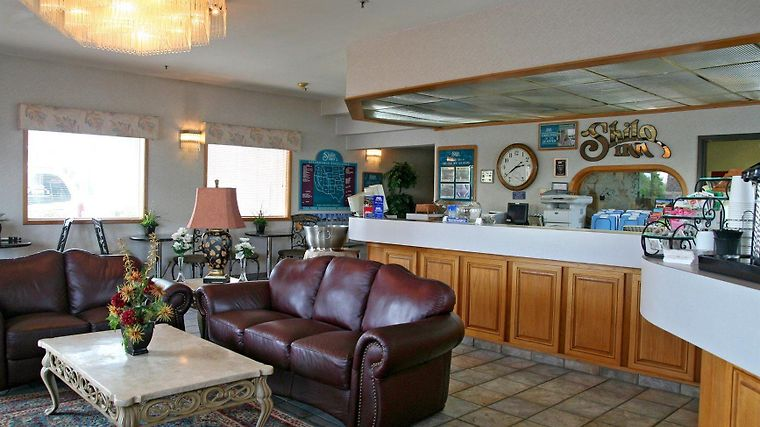 Shilo Inn Suites  Newberg Interior