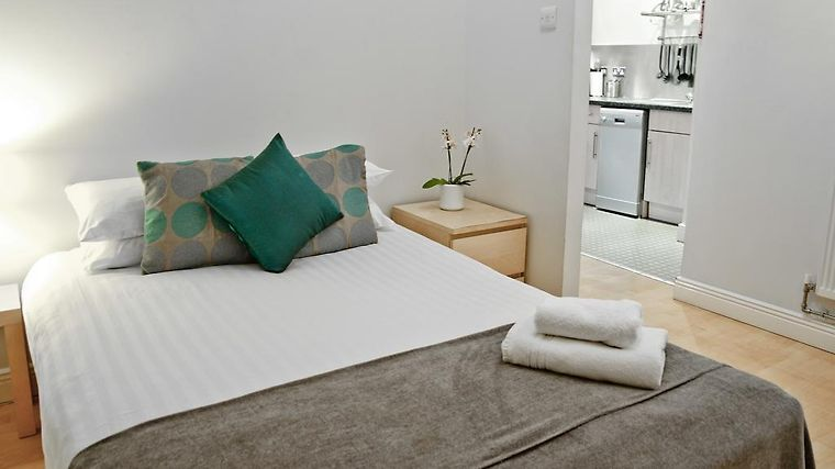 City Quarters At Shaftesbury House Serviced Apartments Room