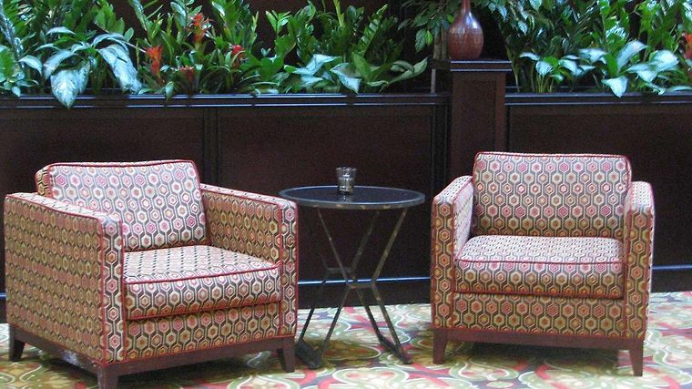 Embassy Suites Tampa - Brandon Interior