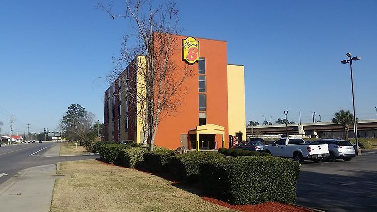 Super 8 Myrtle Beach/Market Common Area Exterior Hotel information