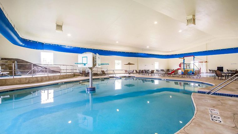 Hotel Comfort Suites Johnson Creek Wi 3 United States From Us 156 Booked