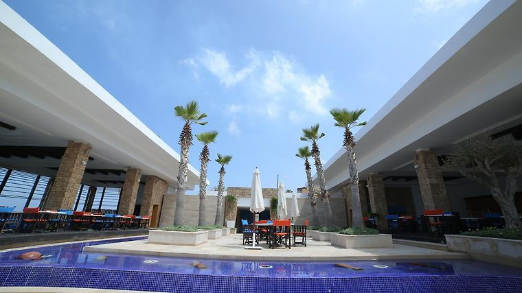 Warwick Pangea Beach Resort & Spa Exterior