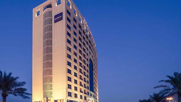 Mercure Grand Hotel Seef / All Suites Exterior
