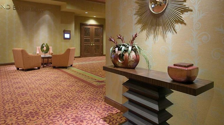 Embassy Suites Norman - Hotel & Conference Center Interior