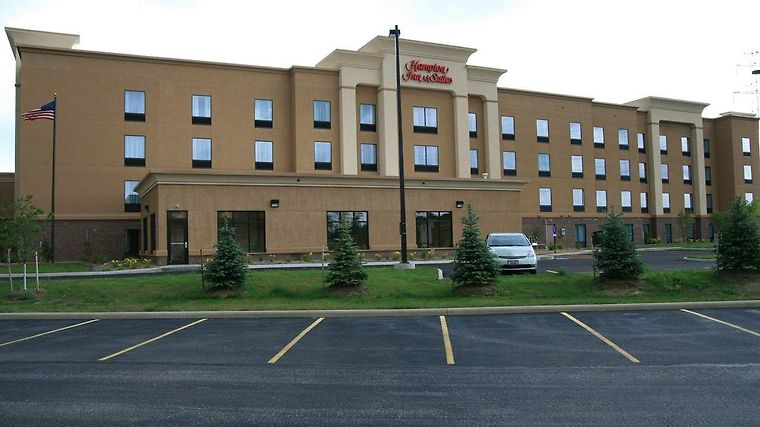 Hampton Inn & Suites Cleveland-Mentor photos Exterior