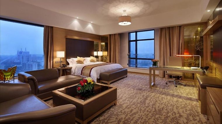 Sovereign Zhanjiang Room