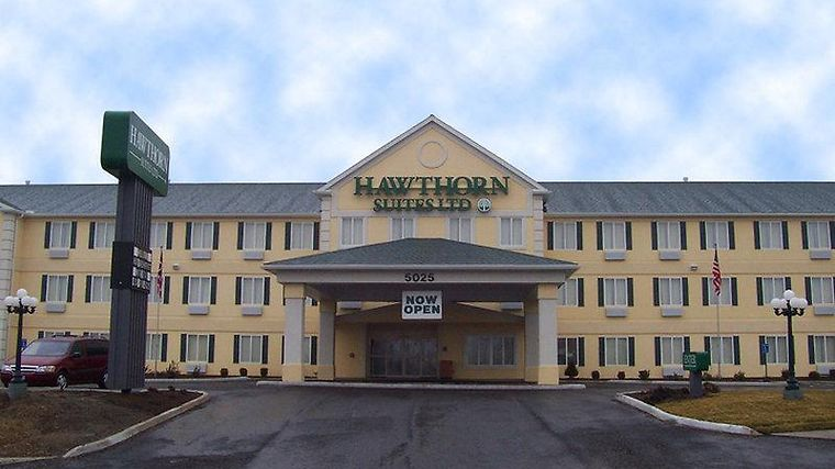 Hawthorn Suites By Wyndham Akron/Seville Exterior