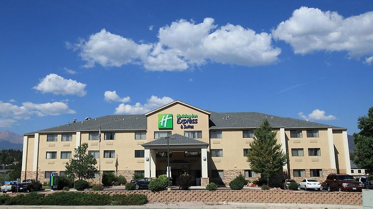 Holiday Inn Express Hotel & Suites Co Springs Air Force Academy Exterior