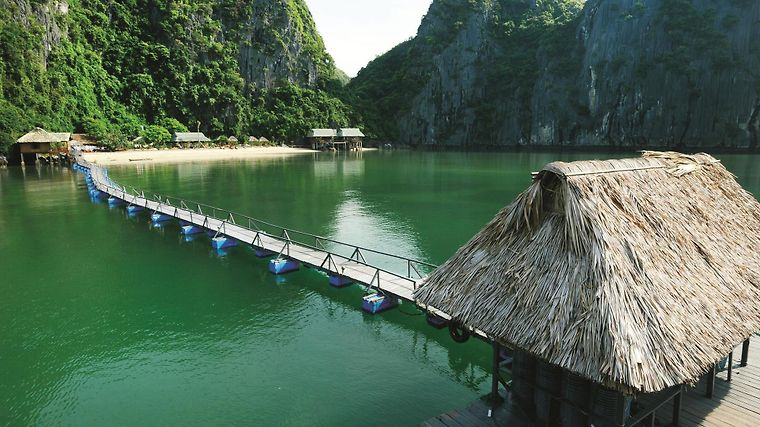 Cat Ba Sandy Beach Resort Exterior