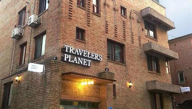 Travelers Planet Studio Type Hostel Exterior