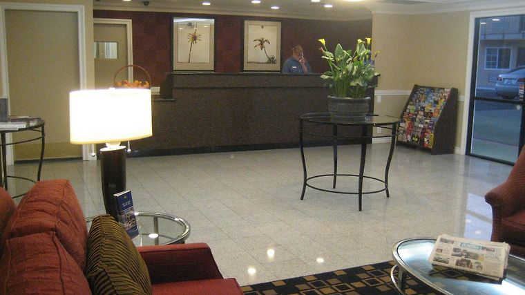 Best Western Plus Ontario Airp Interior