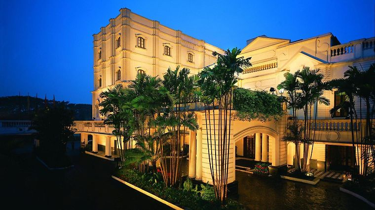 The Oberoi Grand Exterior